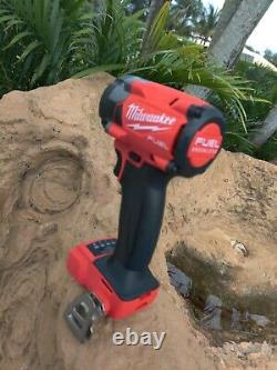 Milwaukee 2854-20 M18 3/8 Drive Fuel Stubby Impact Wrench & M18 5.0 Battery